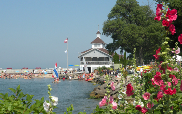 58th Annual Lakeside Antique Show