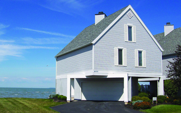 Lake Erie Beach Front Properties