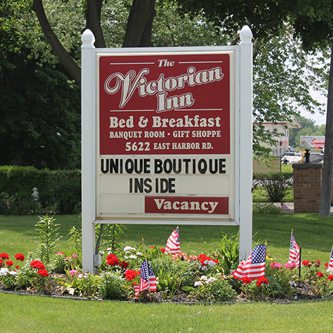 Victorian Inn Bed & Breakfast