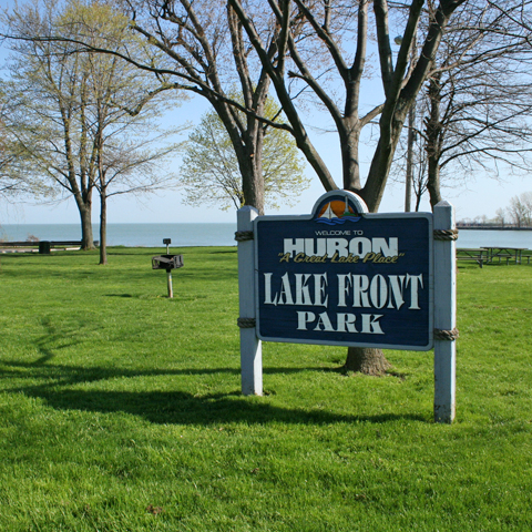 Lake Front Park